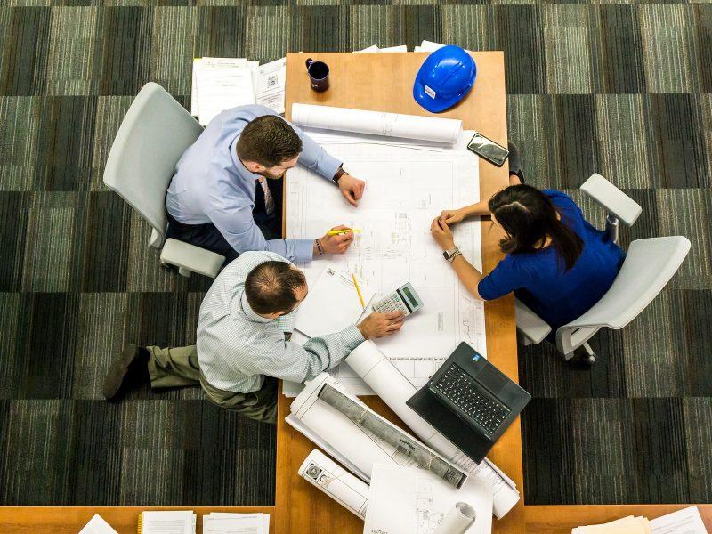 Analyse des plans de maîtrise d'œuvre au regard de l'activité de travail